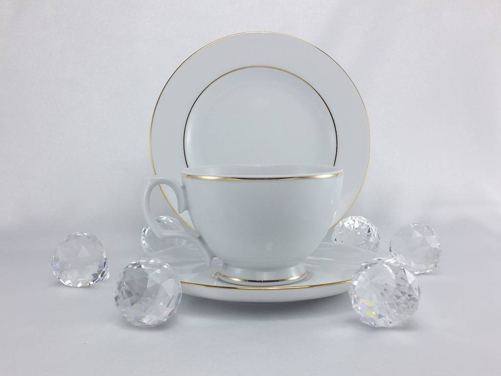 ALTOM MariaPaula - Gold - Tasse mit Untertasse in 5 Größen