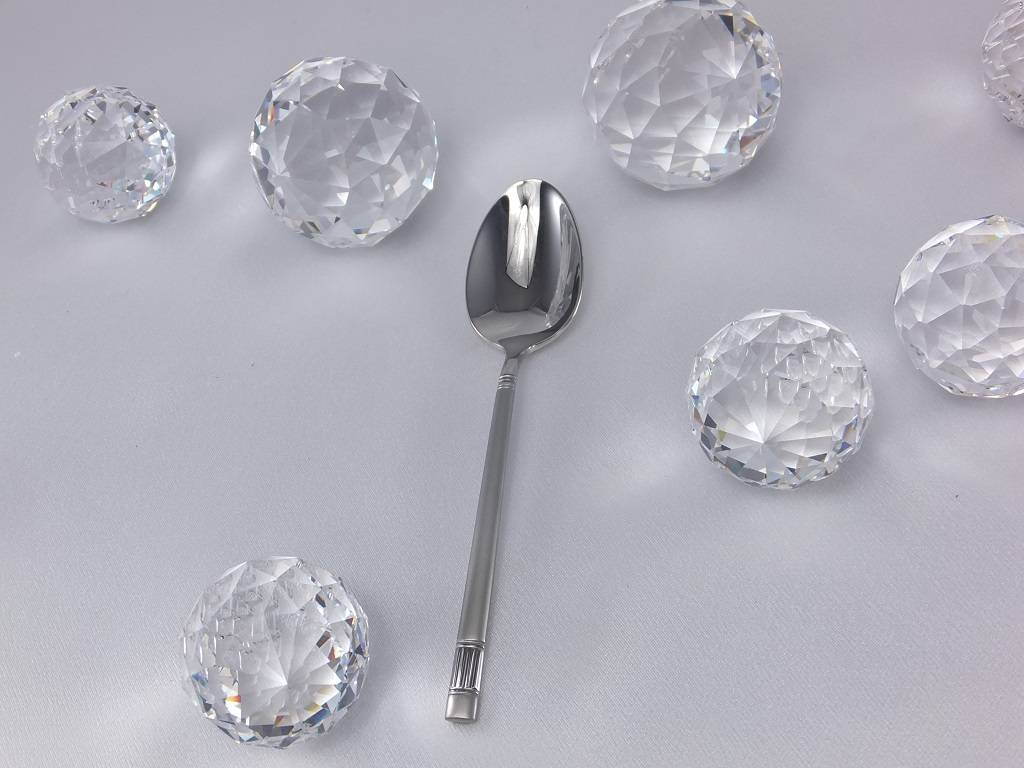 Gerpol - Edelstahlbesteck für gehobene Tischkultur. Diamant - dinner set - satin stainless steel.