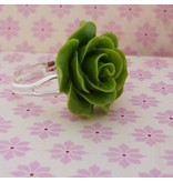 Ring green rose