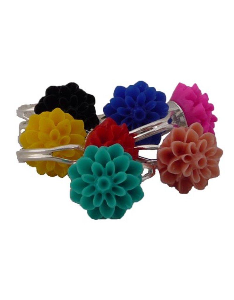 Ring met paarse chrysant
