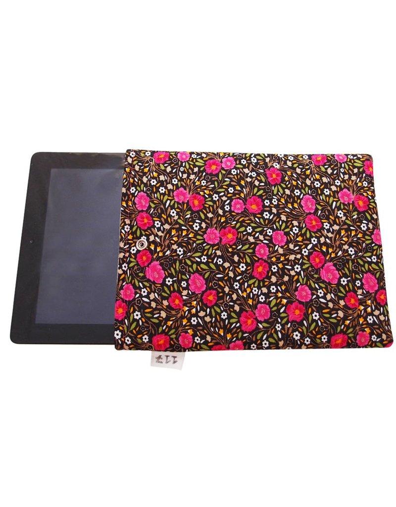 iPad sleeve folklore