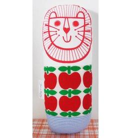 Jane Foster Lion apple