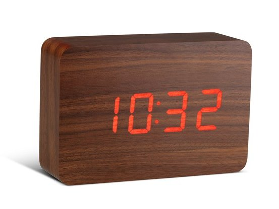 Click Clock Brick walnoot met rode led