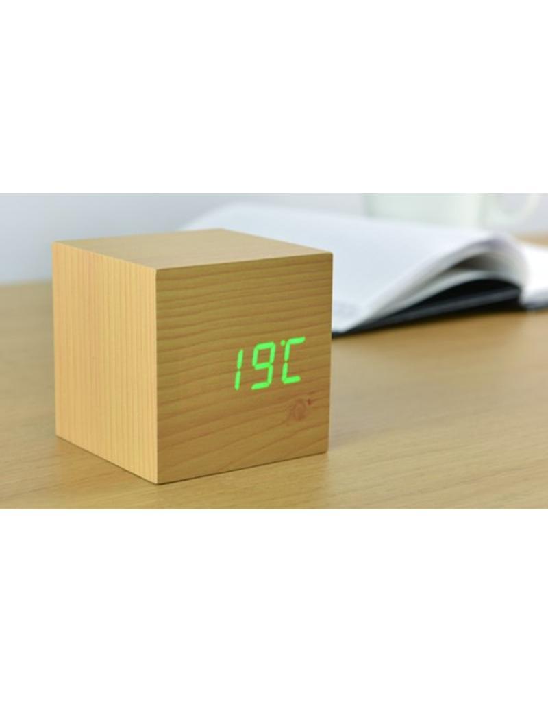 Click clock cube beukenhout met groene led   zilte.nl   zilte.nl