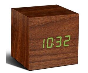 Liefde Walnoot Hout : Click clock cube walnoten hout met groene led zilte