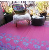 Buitentapijt flower petrol pink