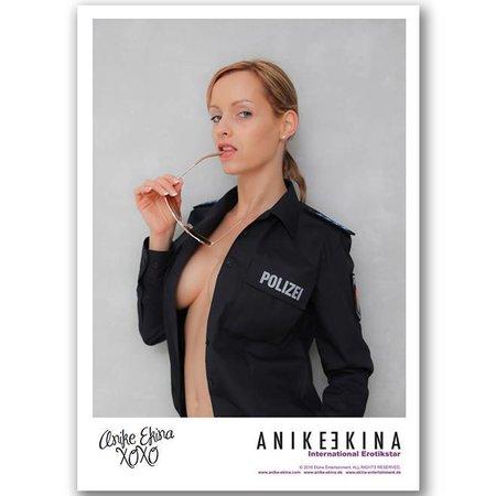 Anike Ekina -  AUTOGRAMMKARTE 2016 Polizei