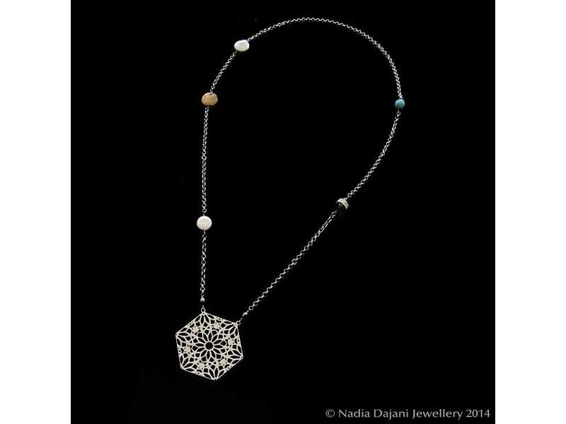 HEXAGON WITH SILVER CHAIN AND STONES