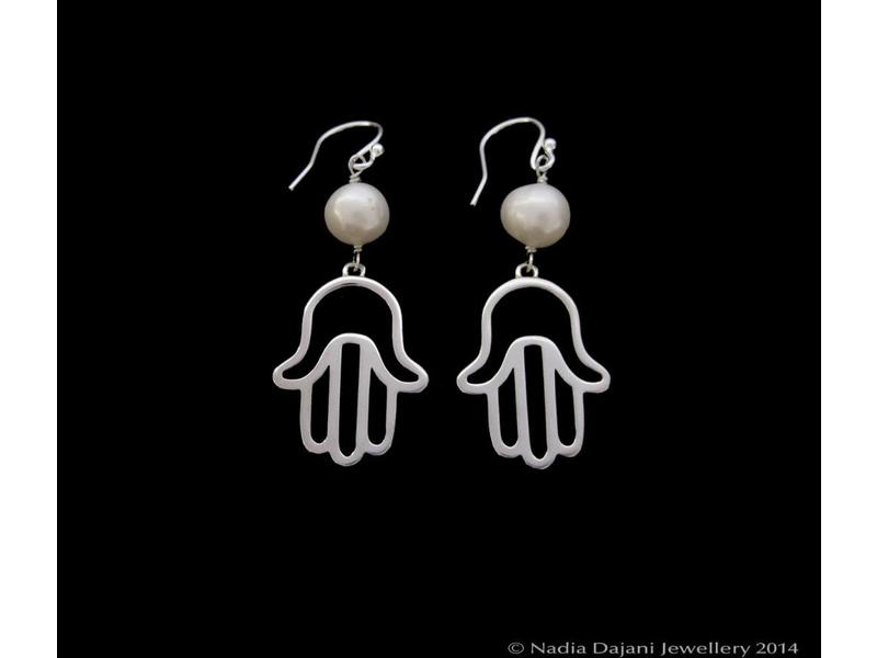 FATIMA EARRING WITH PEARL