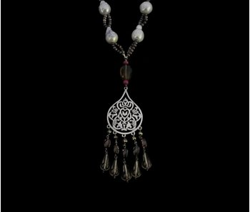 PEARLS, PYRITES, ARABESQUE & GEMSTONES