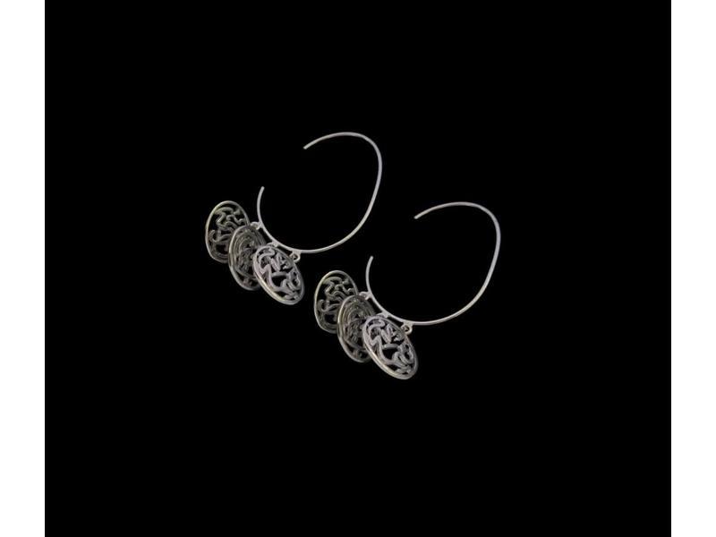 LARGE SILVER HOOP EARRINGS WITH AFIA DAIMA