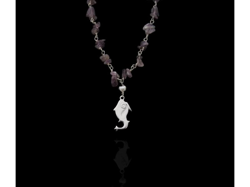 STONE WIRE NECKLACE WITH JERASH FISH PENDANT