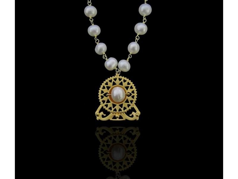BYZANTINE NECKLACE WITH PEARLS