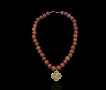 STONE NECKLACE WITH GP CLOVER