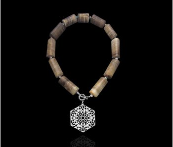 PETRIFIED WOOD NECKLACE WITH HEXAGON