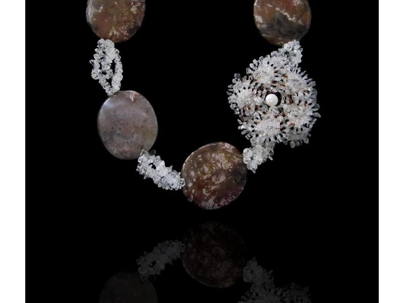 GEMSTONE NECKLACE AND CRYSTAL FLOWER