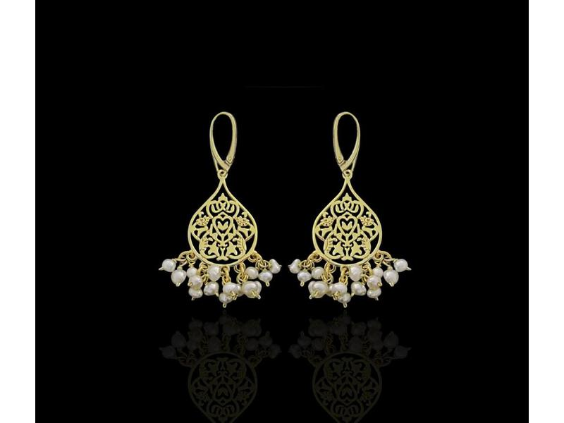 SMALL ARABESQUE GP EARRINGS WITH PEARL DANGLES