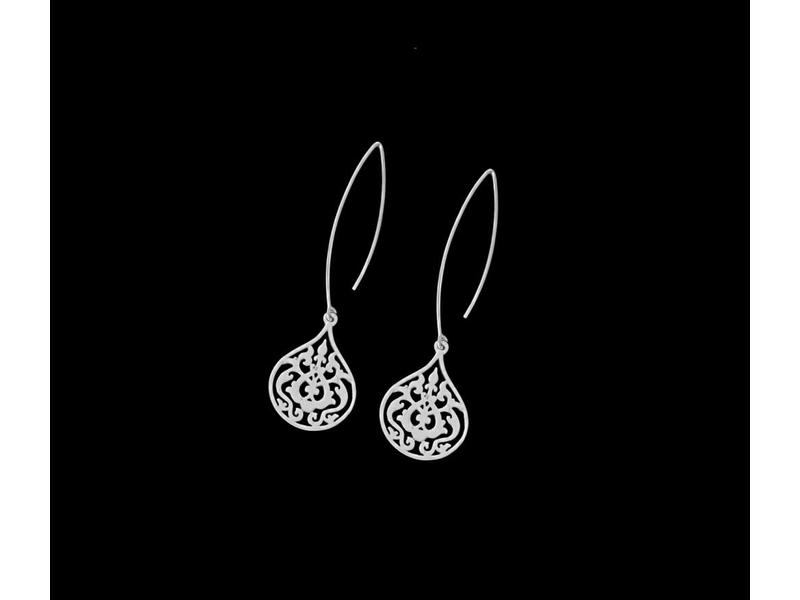 LONG OVAL HOOK EARRINGS WITH SMALL ARABESQUE