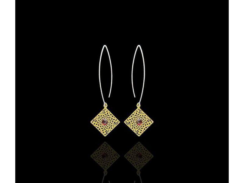 OVAL HOOK SILVER EARRINGS WITH GP SQUARE STAR MOTIF
