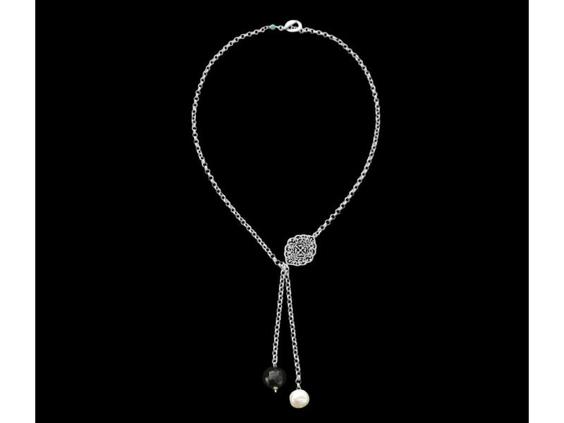 CHAIN NECKLACE WITH OVAL ARABESQUE AND CHAIN TASSEL