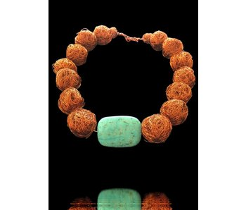 LARGE COPPER BEAD CHOKER WITH CENTRAL STONE