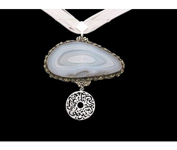 FIVE ROW SILVER CHAIN NECKLACE WITH AGATE AND LARGE DISC