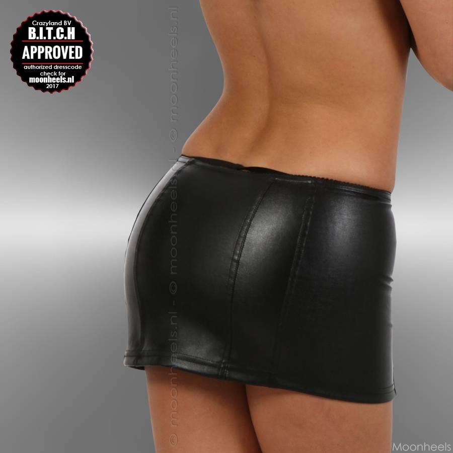 Mini skirt black faux leather