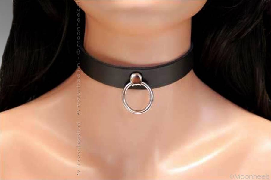 "Leather collar ""Submissive 1"" withO-ring"