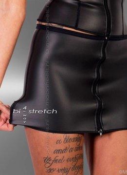 Kinky neoprene (rubber) skirt