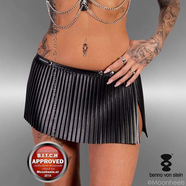 Benno von Stein: Kinky skirt Dadelia