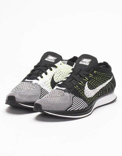 Nike Flyknit Racer Black/White