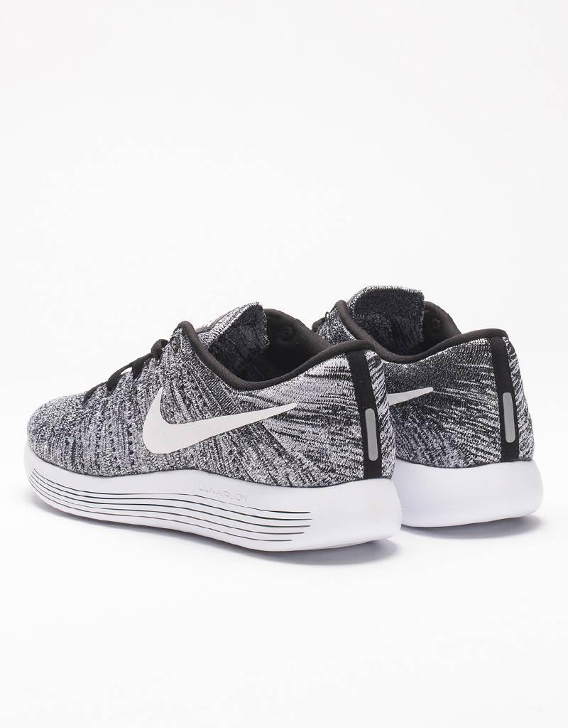 Nike Lunarepic Low Flyknit Oreo