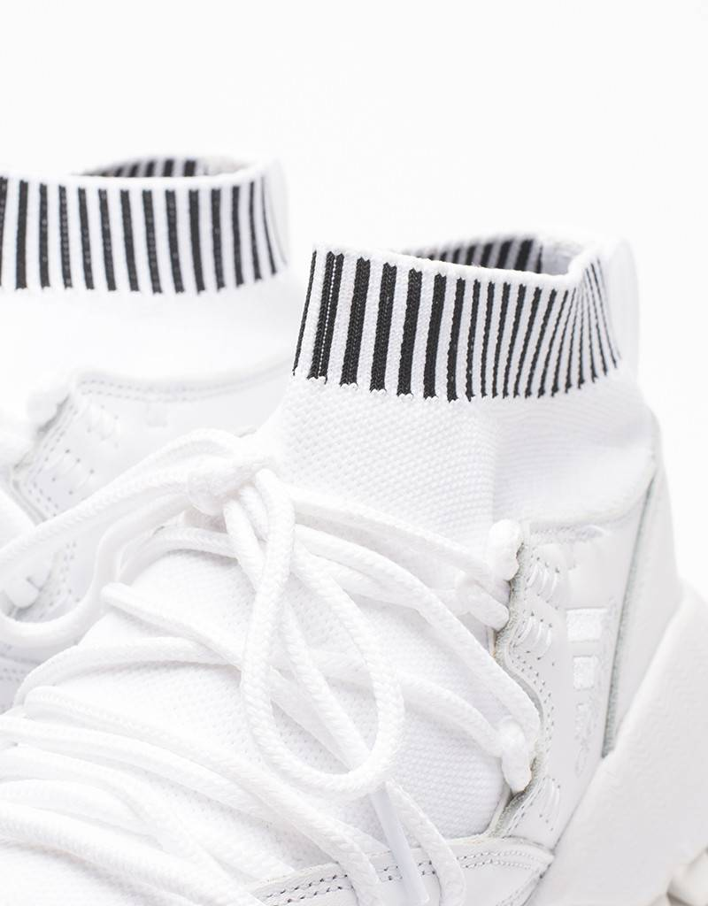 Adidas consortium Seeulater pk white