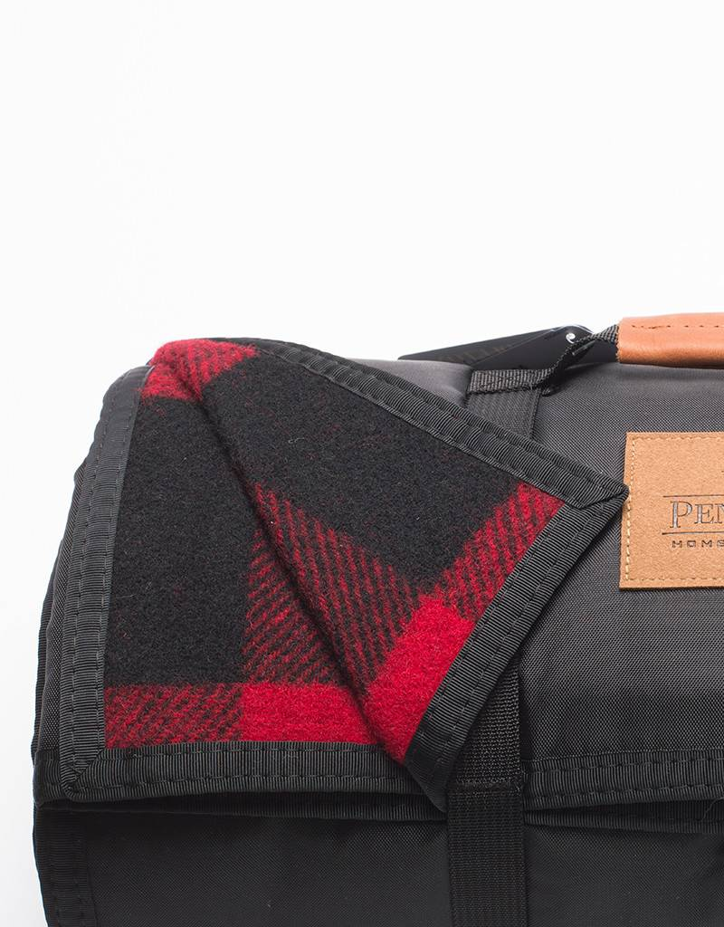 Pendleton Roll-Up Blanket Red/Black