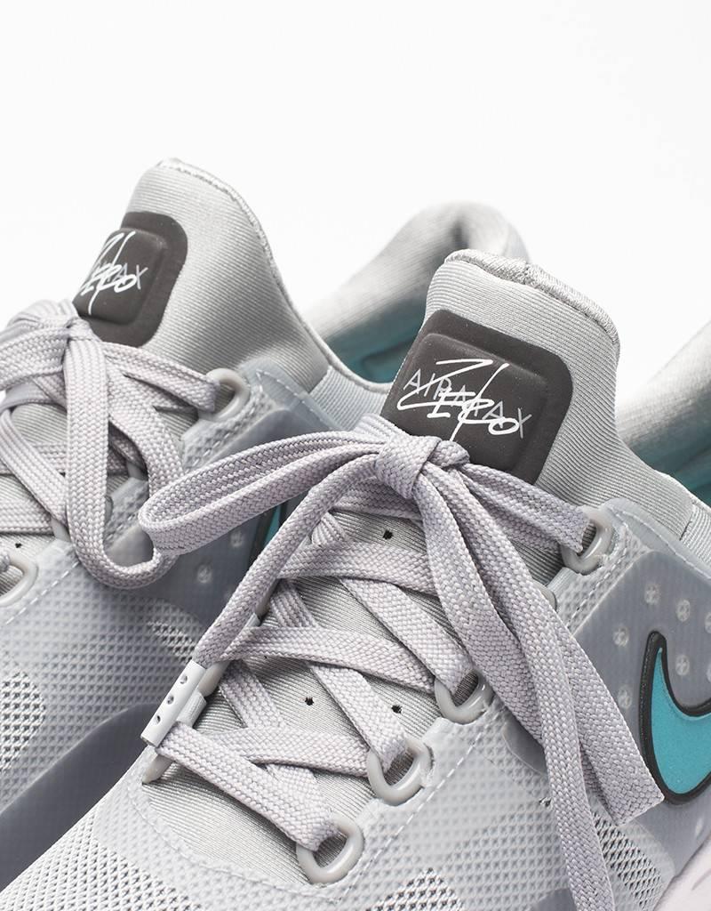 Nike Womens Air Max Zero matte silver