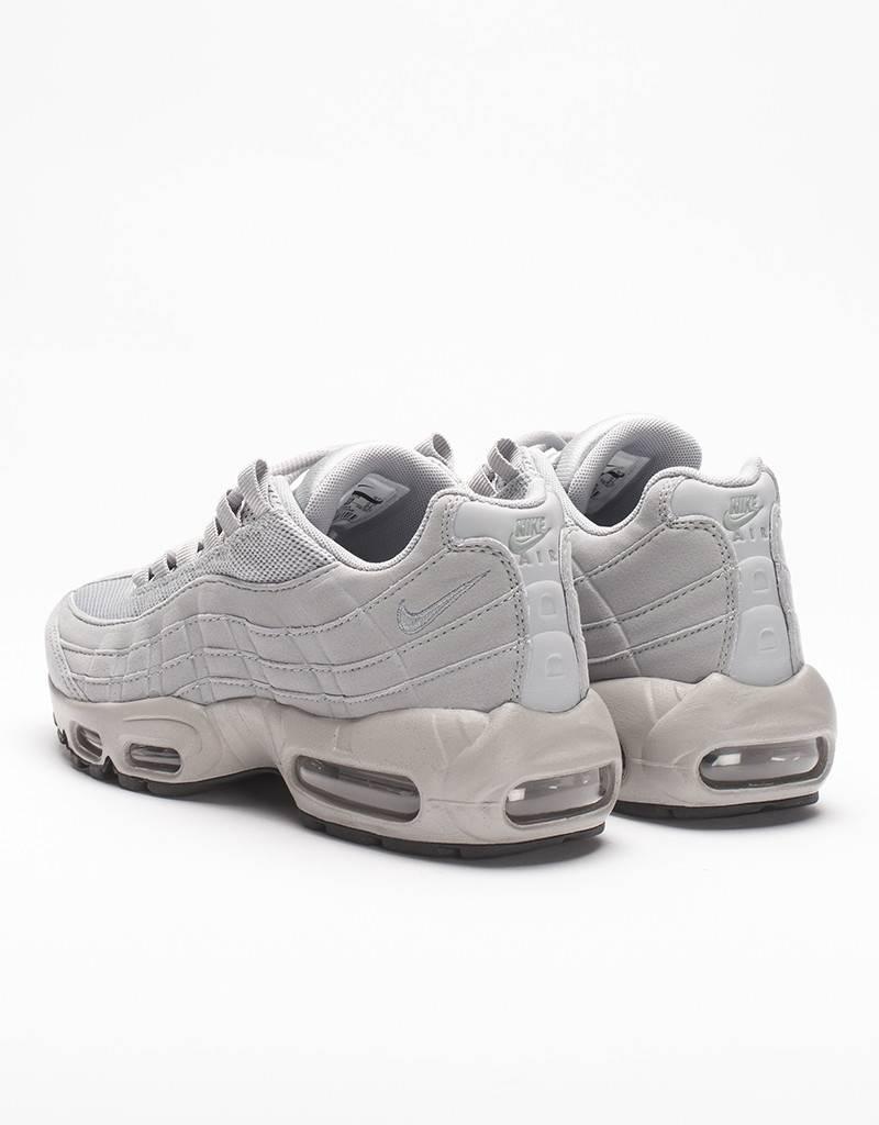 Nike Womens Air Max 95 Matte Silver