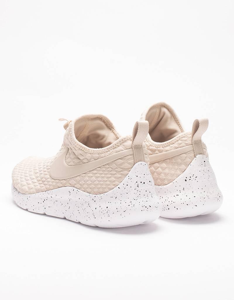 Nike women's aptare oatmeal/white