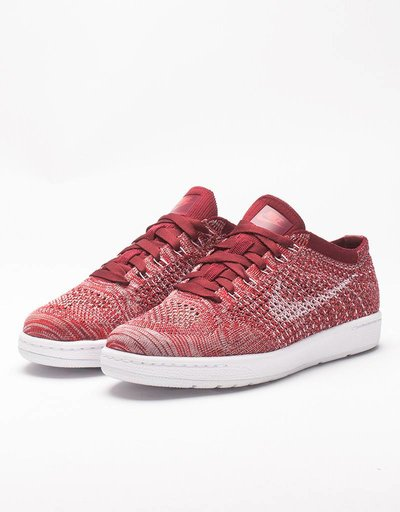 Nike Womens Tennis Classic Ultra Flyknit team red