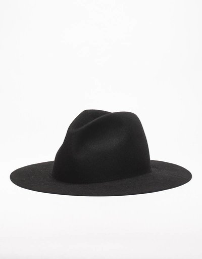 Etudes Midnight Hat Black