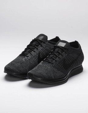 Nike Nike Flyknit Racer Black/Black