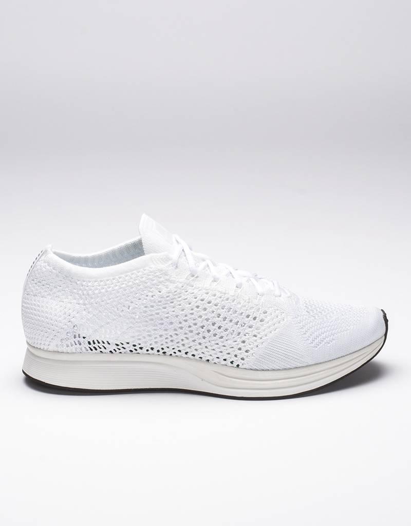 Nike Flyknit Racer white/white