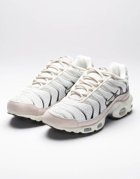 Nike NikeLab Air Max plus sail/black salsa