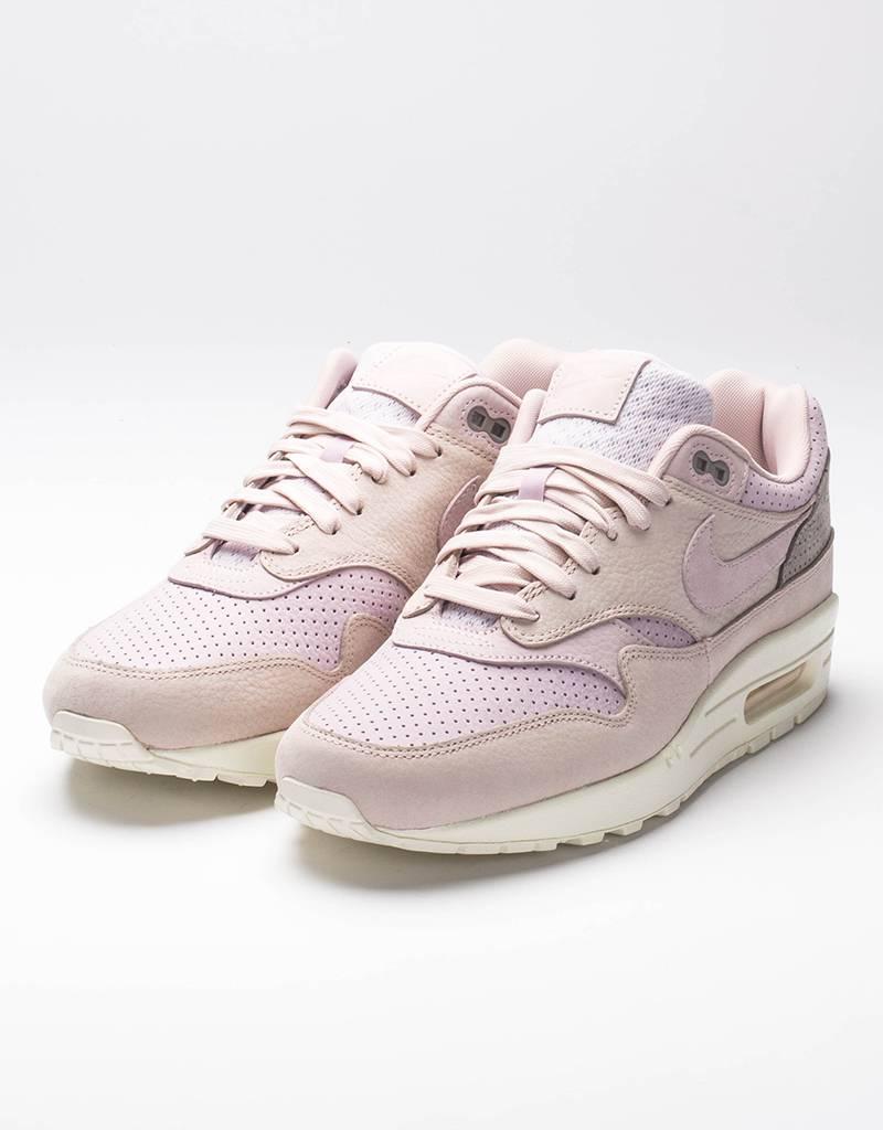 NikeLab Air Max 1 Pinnacle Silk Red/ Pearl Pink
