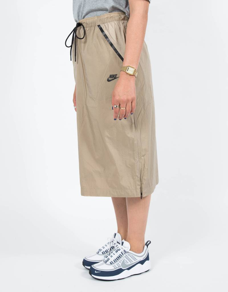 Nike women's sportswear skirt khaki/white/black