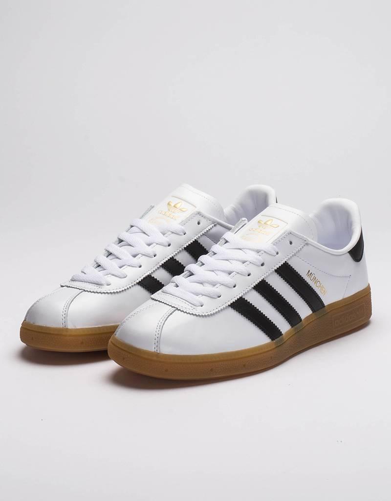 Adidas Munchen white black