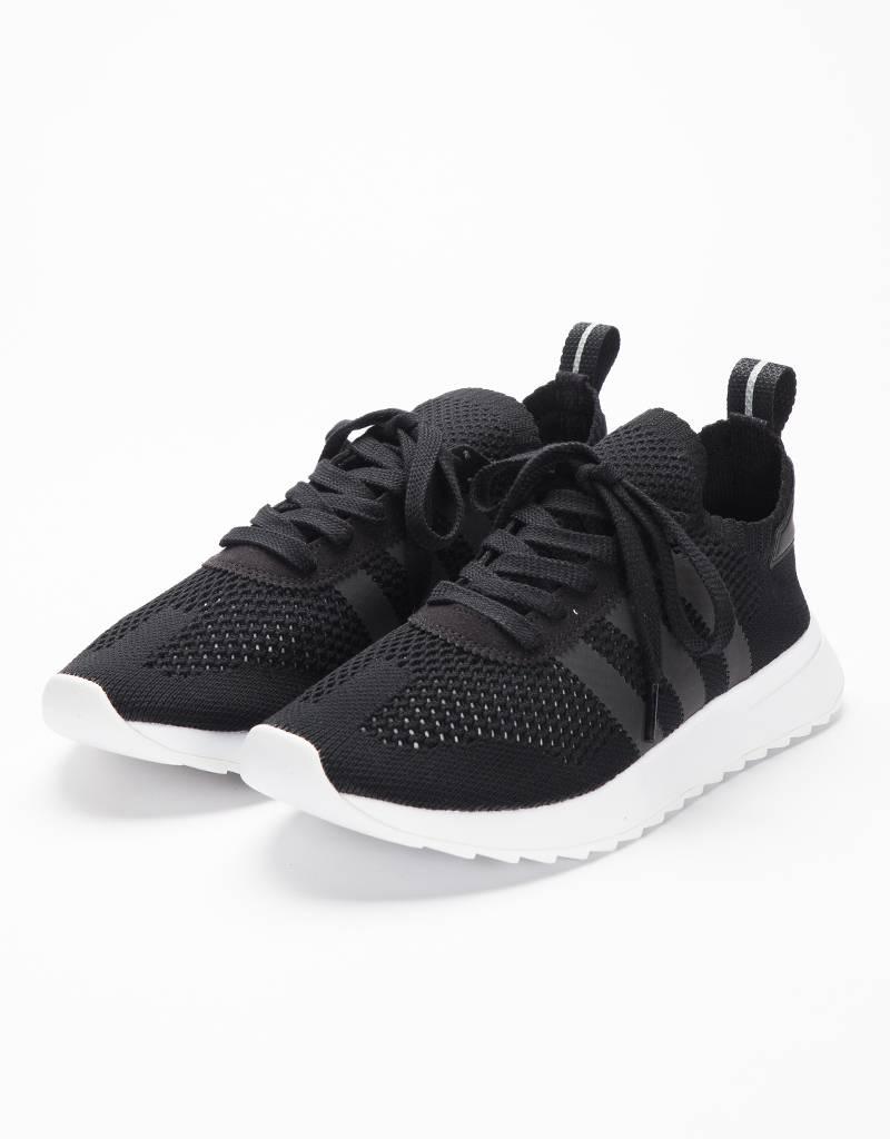 Adidas womens flashback primeknit black