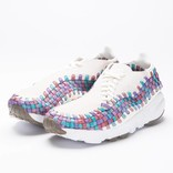 Nike Women's Air Footscape Sail/White-Red Stardust Orchid Mist