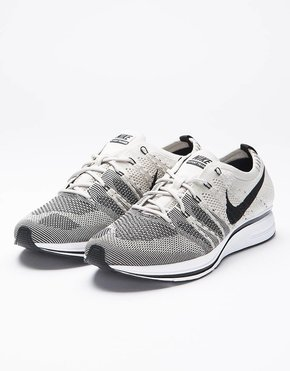 Nike Nike Flyknit Trainer Pale Grey/Black White