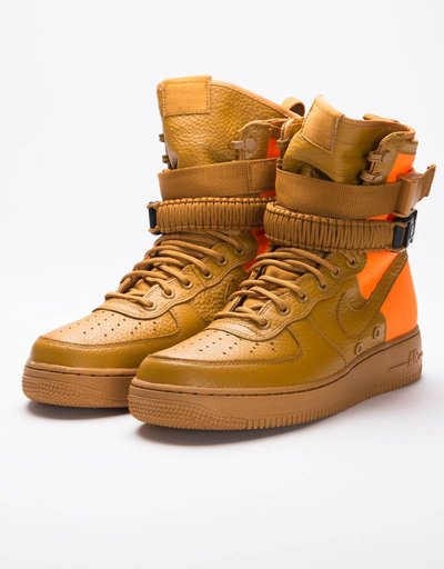 Nike Air Force 1 SF QS Desert Ochre/Total Orange