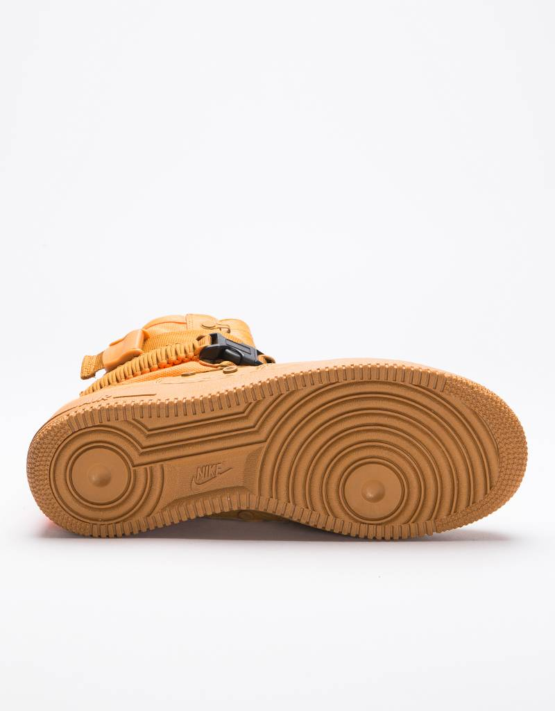 Nike Air Force 1 SF QS Desert Ochre/Total Orange